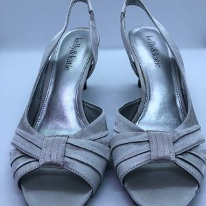 Kelly & Katie Womens Silver slingback heel sz 6